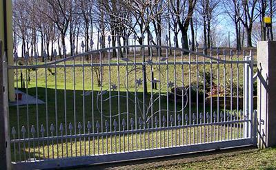 cancello-scorrevole-in-ferro-zincato