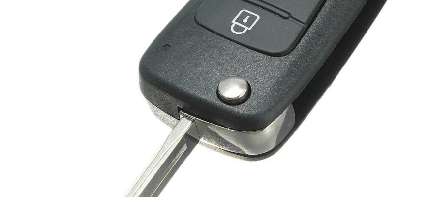 Centro chiavi grosso riparazione chiavi duplicazione for Arredo sud messina